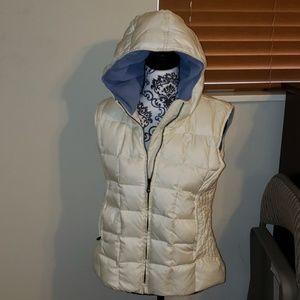 Women's Old Navy Hooded Vest!!!💕